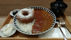 (台南)大丸家,華麗的雞肉甜甜圈演出